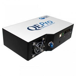 QEPro high resolution spectrometer (Ocean Optics)